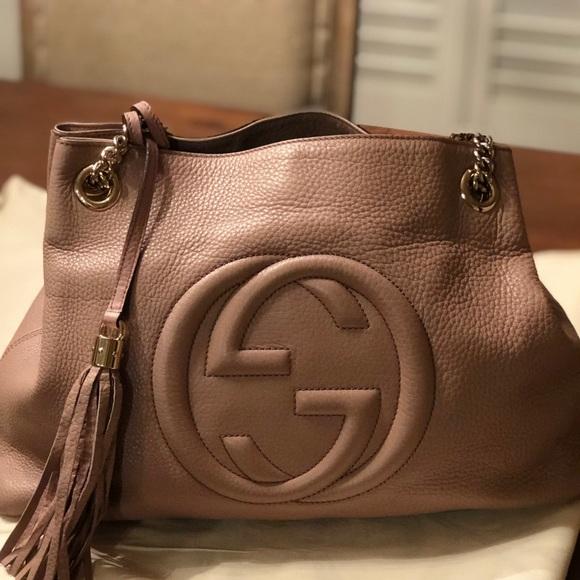 de151d7220d Gucci Handbags - Preowned 100% Authentic GUCCI Medium Soho Bag